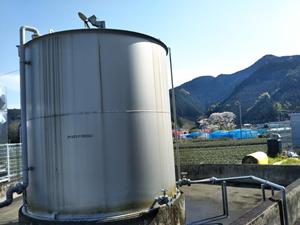 工業用潤滑油_タンク